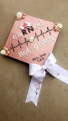 47 Best Nursing Graduation Cap Decor Images In 2019