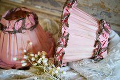 antieke lampenkapjes in roze zijde