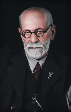 Sigmund Freud photographed by Marcel Sternberger in London 1939 Colorized by me / 1598 x 2527 Sigmund Freud, Art Psychology, Freud Psychology, Freud Quotes, Physics And Mathematics, Art Of Manliness, Social Behavior, Human Development, Moral