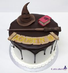 Friki tartas - Catcakes Gateau Harry Potter, Harry Potter Cake, Boy Birthday Parties, Birthday Cake, Fondant, Camille, Stranger Things, Cake Ideas, Desserts