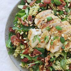 Easy Healthy Recipes, Healthy Fit, Cobb Salad, Pesto, Potato Salad, Salads, Yummy Food, Lunch, Ethnic Recipes
