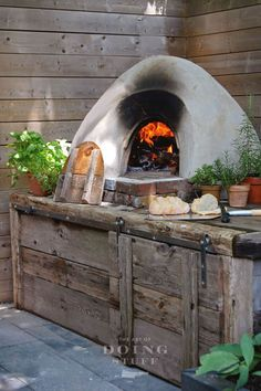 """Figure out additional information on """"outdoor kitchen designs layout patio"""". - Figure out additional information on """"outdoor kitchen designs layout patio"""". Build A Pizza Oven, Diy Pizza Oven, Pizza Oven Outdoor, Pizza Ovens, Oven Diy, Outdoor Style, Outdoor Kitchen Design, Outdoor Kitchens, Outdoor Rugs"""