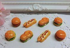 Hamburguesas,hot dog y panini.Combina con papas fritas cabochon