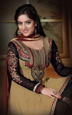 DESIGNER Sari Indian Saree Ethnic Bollywood Pakistani Wedding Party Wear for sale online India Fashion, Girl Fashion, Deepika Singh, Designer Party Wear Dresses, Popular Actresses, Indian Girls, Indian Sarees, Indian Beauty, Bollywood Actress