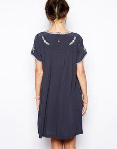 Изображение 2 из Платье с присборенной юбкой и вышивкой Little White Lies