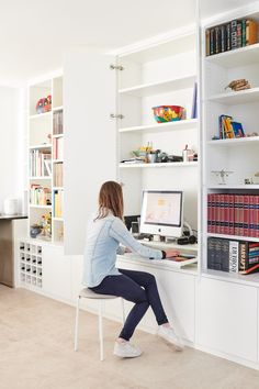 Home Library Design, Home Office Design, House Design, Home Office Furniture Desk, Home Office Space, Living Room Interior, Home Decor Bedroom, Desk Wall Unit, Yellow Room Decor