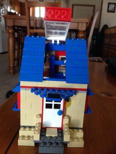 Lego bungalow house