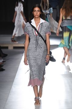 Sportmax Spring 2019 Ready-to-Wear Collection - Vogue Трикотаж Мода, Модные  Вязаные db9e8e6608f