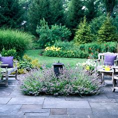 Great Patio Ideas Soften the Edges of Your Patio with a Flowering Border I love the small garden right in the middle of the patio!Soften the Edges of Your Patio with a Flowering Border I love the small garden right in the middle of the patio! Outdoor Rooms, Outdoor Gardens, Outdoor Living, Landscape Design, Garden Design, Tall Plants, Patio Plants, Dream Garden, Garden Bed