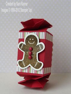 Sara dresses up the Candy Wrapper die with Scentsational Season, Holiday framelits, & Candlelight Christmas. Cute!