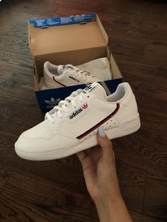 45 Best Shoes images in 2020 | Shoes, Sneakers, Me too shoes