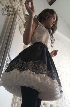 Such fun in petticoat crinolines. Skirt Outfits, Dress Skirt, Dress Up, Silk Dress, Corsets, Fantasy Dress, Cute Skirts, Lolita Dress, Lovely Dresses
