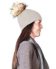 Kaschmir Mütze mit Pompon hellgrau Winter Hats, Beige, Fashion, Cashmere Beanie, Gray, Black, Moda, Fashion Styles, Fasion