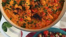Nadiya Hussain's easy chicken tikka masala with basmati rice Indian Food Recipes, Asian Recipes, Healthy Recipes, Ww Recipes, Healthy Meals, Easy Chicken Tikka Masala, Tom Kerridge, Cooking Curry, Chaat Masala