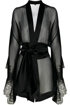 I'm obsessed. This robe is gorgeous.