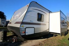 2016 New Heartland Pioneer BH270 Travel Trailer in North Carolina NC.Recreational Vehicle, rv, 2016 Heartland PioneerBH270, Bike Rack, Black tank flush, Enclosed Underbelly, Night shades, Pioneer Value Package, Power Awning w/ LED Light Strip, POWER STAB JACKS, Power Tongue Jack, RVIA Seal, Spare Tire and Carrier, Winterization of Unit,