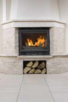 53 Fireplaces to Warm Your Inspiration (Photo Gallery) – Fireplace tile ideas Cottage Fireplace, Home Fireplace, Fireplace Design, Fireplace Tiles, House Furniture Design, House Design, Chair Design, Design Design, Modern Furniture