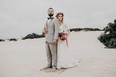 Married couple standing on beach – Fashion – Women fashion Videos Spring Outfits Sites Romantic Wedding Hair, Romantic Weddings, Summer Wedding, Wedding Reception, Wedding Designs, Wedding Styles, Wedding Photos, Wedding Ideas, Bridal Hair Inspiration
