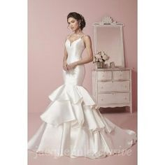Jacquelin Exclusive 19066. Available @ Low's Bridal.