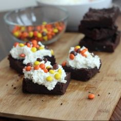 These look INCREDIBLY good!  These awesome brownies are not too sweet, but with the topping, the flavor is perfect!