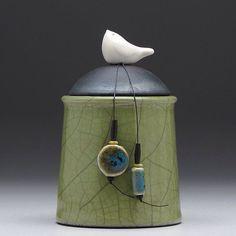 Bird cup