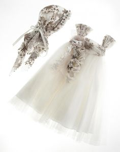Βαπτιστικό Φόρεμα Vintage Dolce Bambini #βάπτιση #christening Girls Dresses, Flower Girl Dresses, Christening, Girls Shoes, Meal Prep, Bb, Angels, Lunch, Wedding Dresses