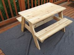 Woodworking For Kids Instructions to build kids picnic table from Instructables - This is an easy-to-build picnic table sized for kids up to age 6 or so. I tried to keep it a standard size, with easy cuts and a simple structure. Kids Woodworking Projects, Wood Projects For Kids, Diy Woodworking, Popular Woodworking, Diy Projects, Woodworking Supplies, Woodworking Classes, Woodworking Videos, Diy Picnic Table