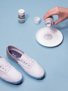 Using a clean plate, pour another glob of silver glitter paint into the plate.