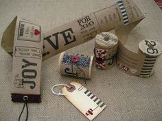 Spool mini books- I have a bunch of great vintage wooden spools I could use!
