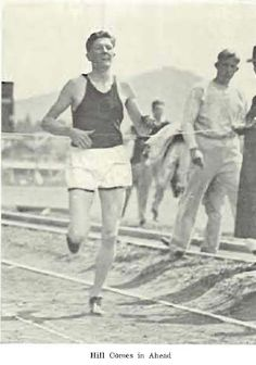 1930 UO track.  From the 1930 Oregana (University of Oregon yearbook).  www.CampusAttic.com