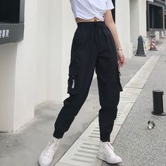 Hot Big Pockets Cargo pants women High Waist Loose Streetwear pants Baggy Tactical Trouser hip hop high quality joggers pants - Hot Big Pockets Cargo pants women High Waist Loose Streetwear pants Ba – LiveTrendsX Source by - Komplette Outfits, Korean Outfits, Cute Casual Outfits, Fashion Outfits, Women's Casual, Emo Fashion, Korean Casual, Lolita Fashion, Smart Casual