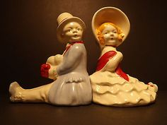 Victorian-Couple-Gent-Lady-Bookends-Made-in-Japan-Vintage-Courting-Set