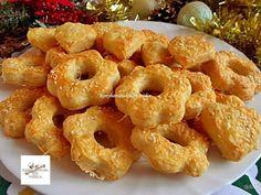 Ha a sajtosunk elfogy ez lesz a következő… Cheese Straws, European Cuisine, Hungarian Recipes, Savory Snacks, Best Appetizers, Bagel, Food To Make, Cake Recipes, Food And Drink