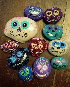 Had fun painting Skull Painting, Pebble Painting, Dot Painting, Pebble Art, Stone Painting, Stone Crafts, Rock Crafts, Arts And Crafts, Painted Rock Cactus