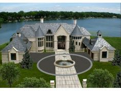 A huge mansion in Michigan!!❤️