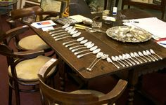 Silver cutlery | Shirley Finch Antiques is located in the beautiful village St. Mawgan in Cornwall and specialised in Art, Antiques and Collectables.