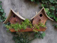 """Vogelhuisje nr.1018. """"Scheefwonen tweeling met tuin"""" €.200.- (verkocht)"""