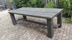 Voor grote barbecues! Grote tafel voor de tuin van steigerhout
