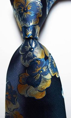 New Classic Floral Blue Gold White Silk Men's Necktie Bad Room Ideas, Jacquard Weave, Tie Knots, Gentleman Style, Silk Ties, Blue Gold, Black And Grey, Mens Fashion, Neckties