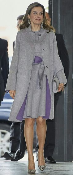 Letizia - Woollen grey Carolina Herrera dress with a tie-belt and matching coat.
