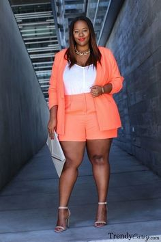 Plus Size And Curvy Fashion Look Plus Size, Curvy Plus Size, Plus Size Jeans, Plus Size Fashion For Women, Plus Size Women, Plus Fashion, Womens Fashion, Fashion Styles, Plus Size Dresses