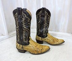 7f3b57a61a2 Justin snakeskin boots mens 8 D   Vintage 80s Justins made in USA    snakeskin leather western boots