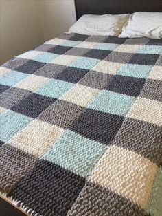 Beginner Crochet Blanket My new Blue Gingham or HeeHaw Plaid Blanket made with Bernat Blanket Easy Knit Baby Blanket, Crochet For Beginners Blanket, Blanket Yarn, Plaid Blanket, Knitted Blankets, Beginner Crochet, Crochet Square Patterns, Crochet Blanket Patterns, Knitting Patterns