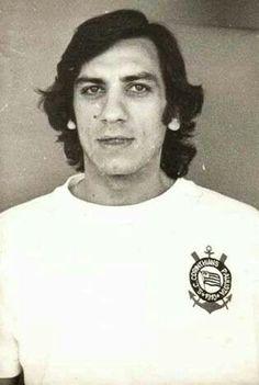 Osmar de Oliveira, médico ortopedista e jornalista esportivo fanático pelo Timão 1943 - 2014