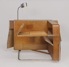 Frederick Kiesler, Daybed, 1933-35. Birch-faced plywood. USA
