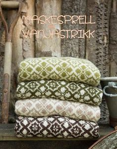 Maskesprell av Vanjastrikk Knitting Charts, Hand Knitting, Norwegian Knitting, Fair Isle Pattern, Circular Knitting Needles, Hand Knitted Sweaters, Fair Isle Knitting, How To Purl Knit, Weaving Techniques