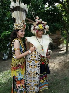 See 53 tips from 1623 visitors to Samarinda. Folk Costume, Costumes, Minangkabau, Head Hunter, Folk Dance, People Of The World, Borneo, World Cultures, Traditional Dresses