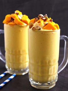 Peaches And Cream Dessert, Mango Milkshake, Mango Ice Cream, Indian Sweets, Shake Recipes, Dessert Recipes, Desserts, Street Food, Yummy Treats