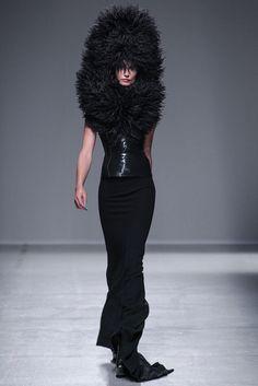 Gareth Pugh Repinned by www.fashion.net