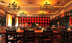 Mangostin ASIA Restaurant in München, Thalkirchen Asia Restaurant, Conference Room, Lounge, Table, Furniture, Home Decor, Photos, Airport Lounge, Lounge Music